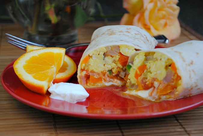 Breakfast burrito |Suzanne @www.you-made-that.com