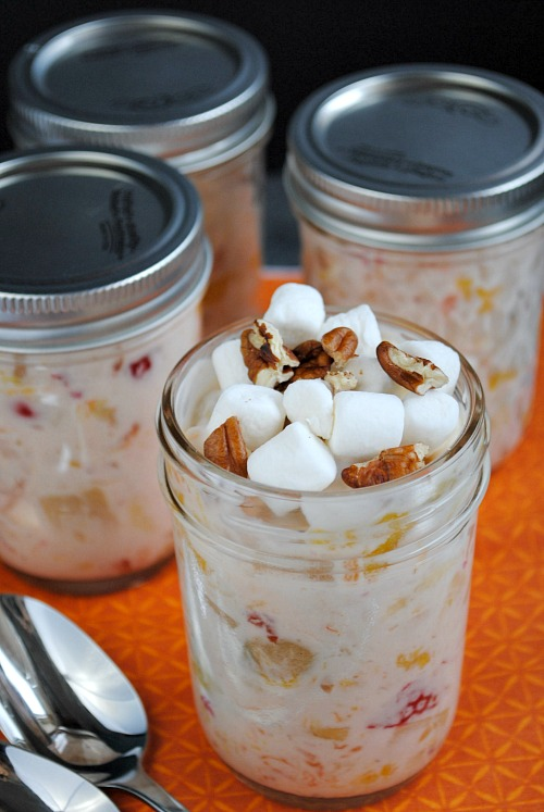 fruit salad in jars to go | you-made-that.com