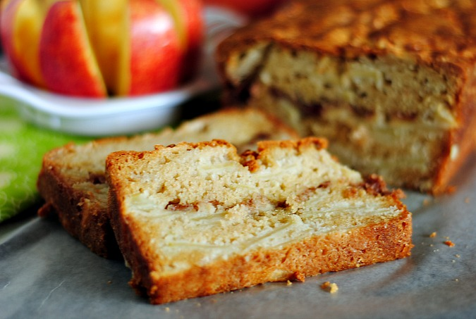 Best apple bread |you-made-that.com