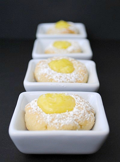 Lemon curd thumbprint cookies|www.you-made-that.com