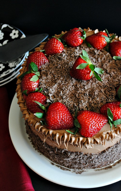 Chocolate cake with strawberries |Suzanne www.you-made-that.com