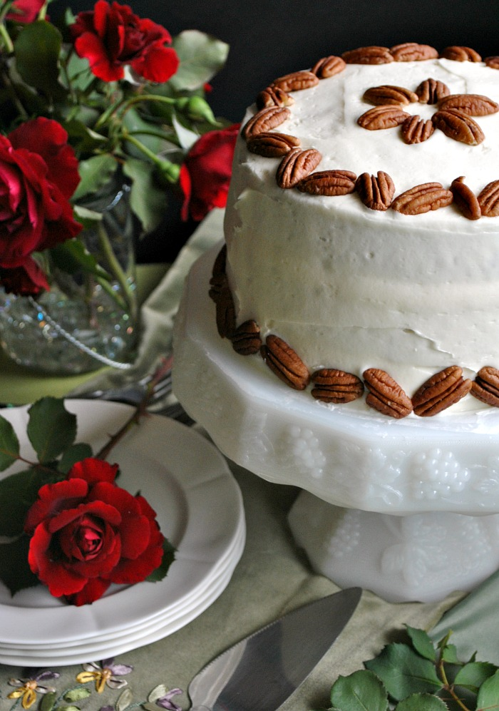 Italian cream cake | Suzanne @you-made-that.com