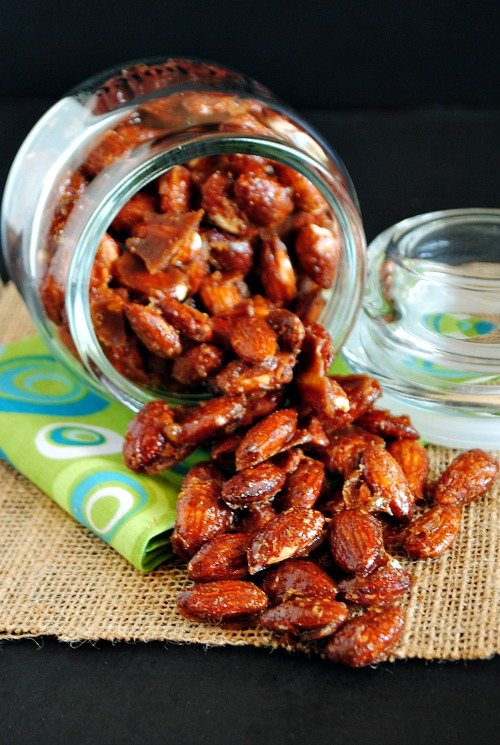 Candied apple pie spiced almonds | you-made-that.com