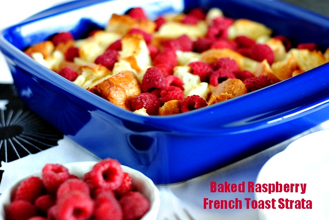 Baked Raspberry French Toast Strata | you-made-that.com