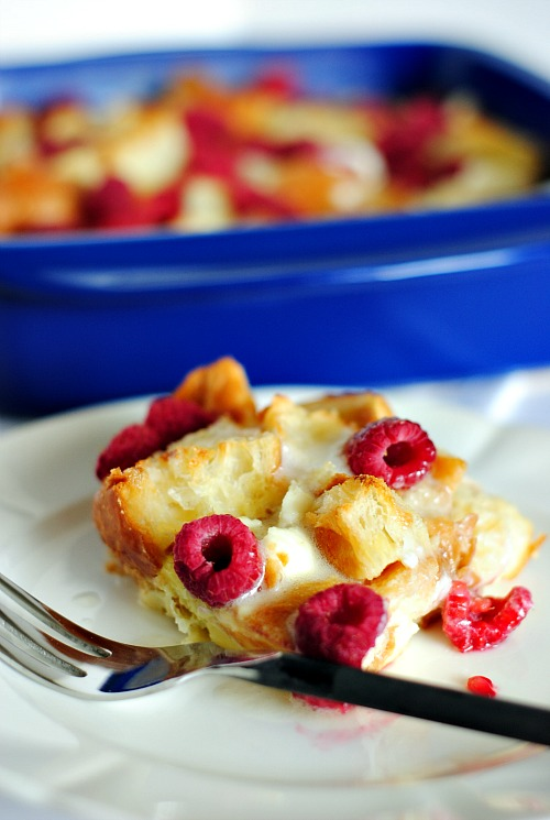 Baked Raspberry French Toast| you-made-that.com