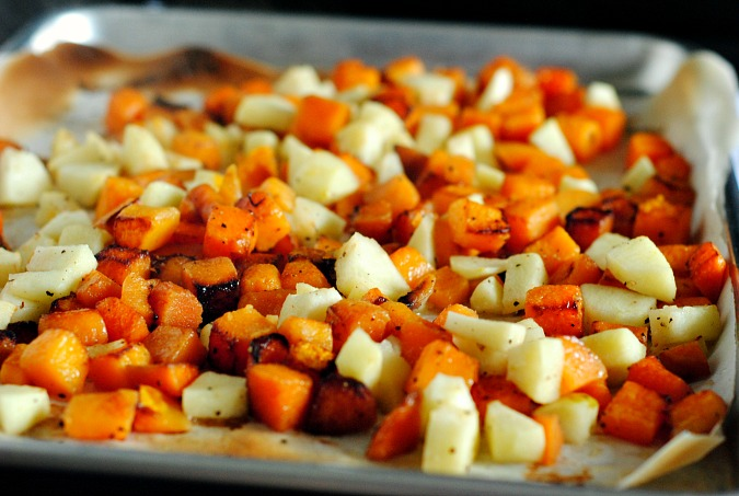 roasted butternut squash and apples | you-made-that.com
