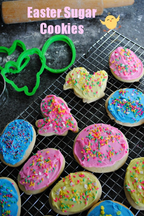 Soft Frosted Easter Sugar Cookies | you-made-that.com