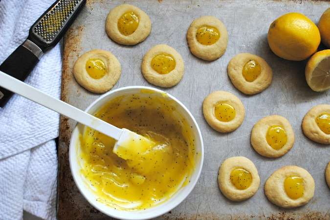 Lemon poppyseed thumbprint cookies | you-made-that.com