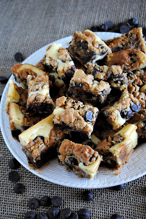 Peanut butter chocolate chip cookie cheesecake bars  you-made that.com
