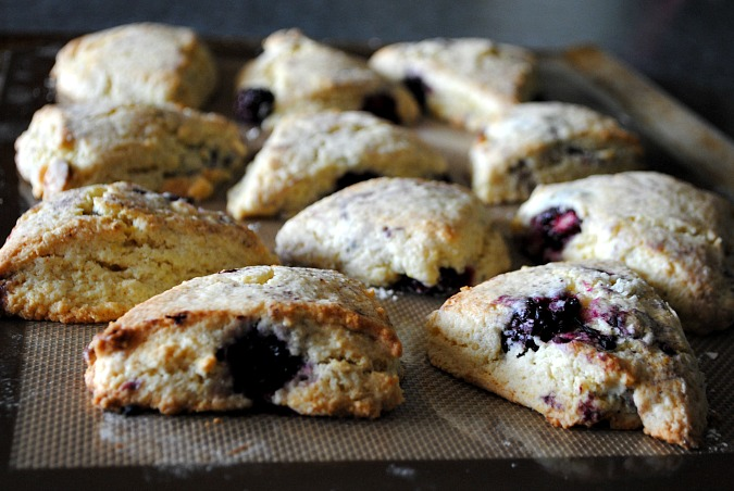Blackberry white chocolate chip scones |you-made-that.com