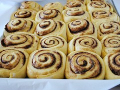 Thumbnail image for Pumpkin cinnamon rolls with cinnamon cream cheese frosting