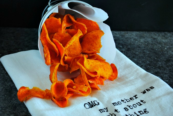 Bake sweet potato chips | you-made-that.com
